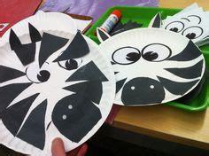 Zebra Paper Plate Craft - zebra craft for my montessori kindergarten preschool