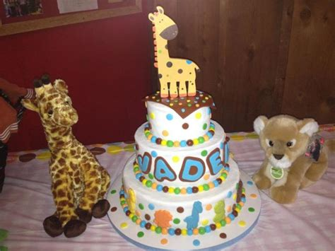 giraffe themed baby shower decorations baby shower giraffe theme cake decorating community