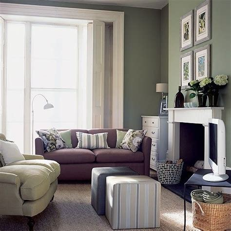 olive green living room ideas best 25 olive green walls ideas on pinterest olive