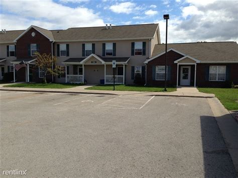 Townhomes That Take Section 8 by Willow Grove Townhomes 850 S 38th St Escanaba Mi Pk