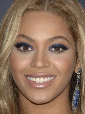beyonce eye color a like beyonce s bold blue