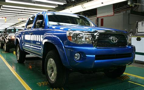 Best Tires For Toyota Tacoma Sneak Peek 2011 Toyota Tacoma Gets Revised Grille