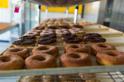 donut boat rental seattle 37 summery things to do in seattle you didn t know existed