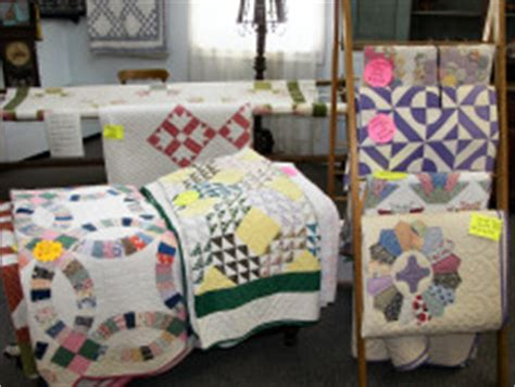 Helping Quilt Shop by Amish Quilts Experience The Real Of The Real Thing