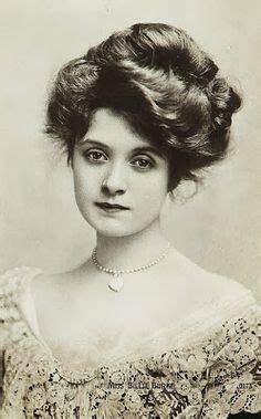1890s gibson girl hairstyle gibson girl