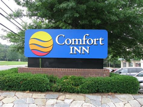comfort inn dulles реклама на дороге picture of comfort inn dulles