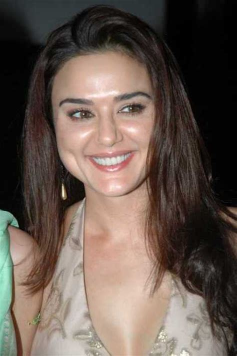 preity zinta born very hot preity zinta pictures hot celebrity pic