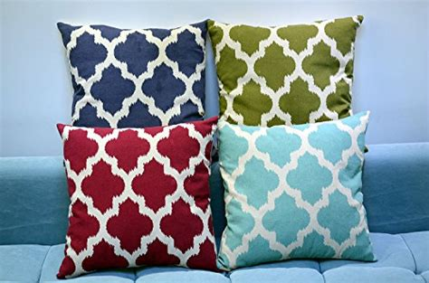 quatrefoil throw pillow set of 2 simpledecor linen cotton quatrefoil accent