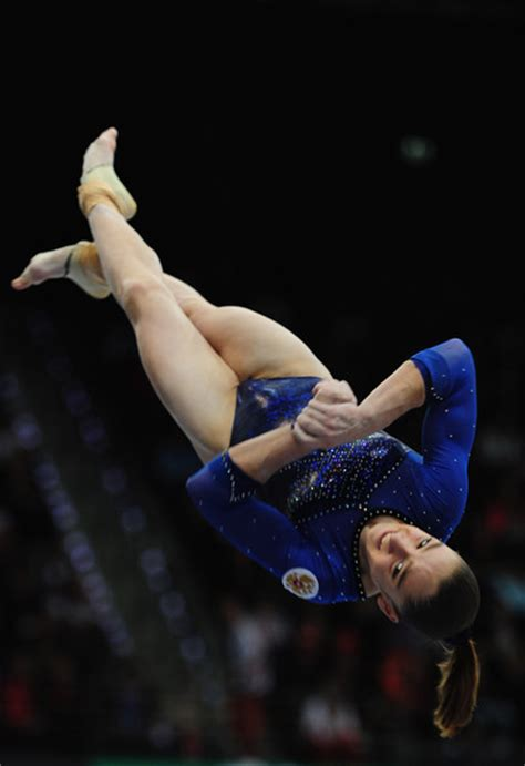 triple layout gymnastics wogymnastika