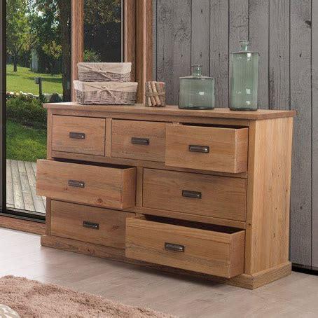 commode en bois 7 tiroirs en pin massif longueur 144 cm hank