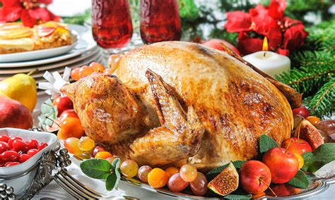 what to eat for christmas dinner you re likely to eat three days worth of calories on day