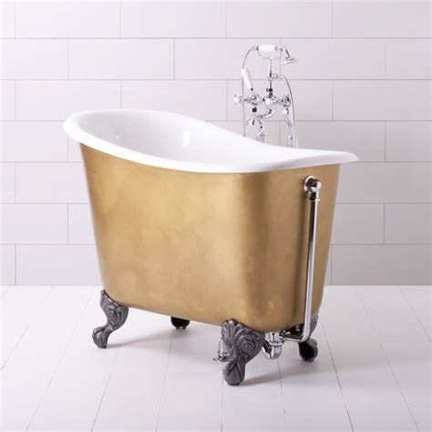 small freestanding bathtub the tiny tubby tub small roll top bathtub is four feet