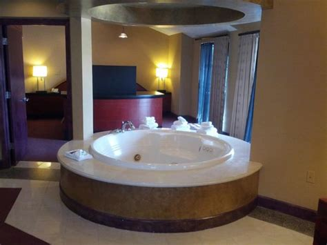 Hotel Rooms With Bathtubs by Whirlpool Tub Picture Of Pier 5 Hotel Baltimore Tripadvisor