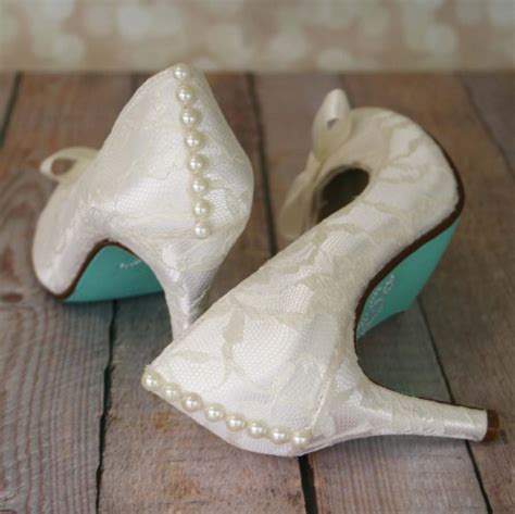 schuhe hochzeit ivory ivory wedding shoes ivory closed toe wedding heels with