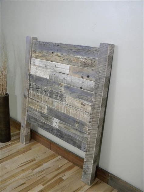 twin wood headboard diy distressed pallet twin headboard wooden pallet furniture