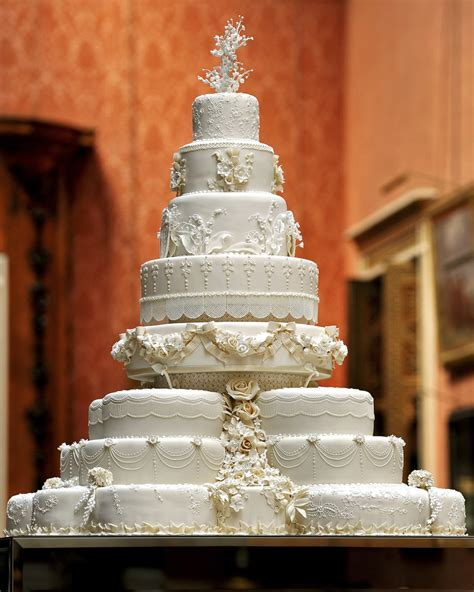 Wedding Cake Photo Gallery : Unique Design 8 Tier White