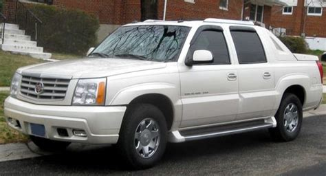 service manual auto manual repair 2002 cadillac escalade ext lane departure warning 2002 2005 escalade ext service and repair manual download manuals