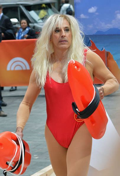 matt lauer dresses as pamela anderson as today show celebrates matt lauer pictures today hosts dress up for halloween