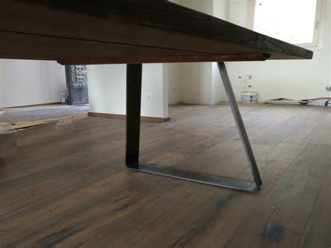 tavoli in corian tavolo in olmo stile industriale with tavolo in