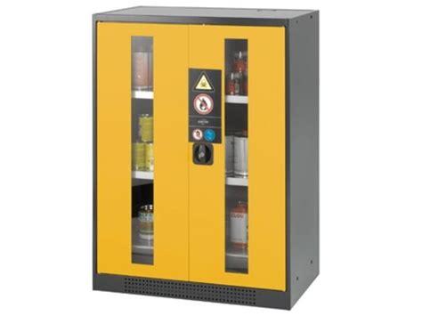 armoire produits inflammables armoire de s 233 curit 233 pour produits inflammables et dangereux portes vitr 233 es 465