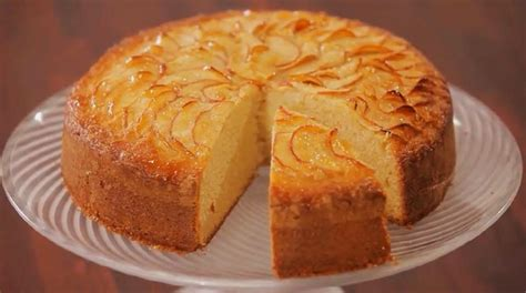 kek tarifi elmali kek kolay elmal kek elmal kek tarifi elmal kek elmalı kek tarifi resimli yemek tarifleri