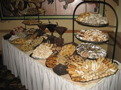 17 Best ideas about Cookie Table Wedding on Pinterest