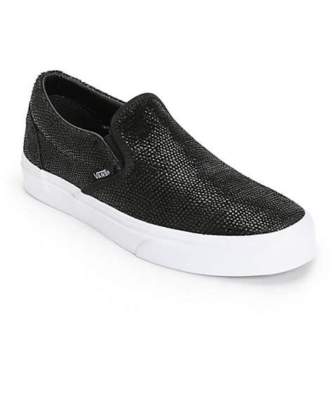 vans black pebble snake slip on shoes womens at zumiez pdp