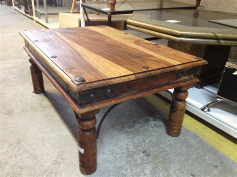 renover une table en bois 4622 mes r 233 novations de meubles en bois r 233 novation d une table