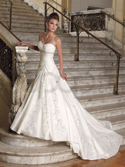 Discount Cotour Wedding Dresses by Image Detail For Contour Accentuated By Corset