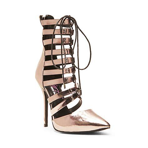 keyshia cole shoes keyshia cole s steve madden shoe collection hits stores