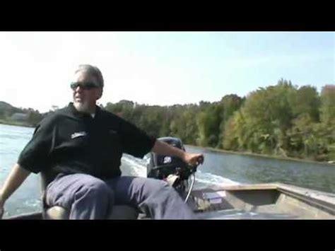 seaark boat dealers north carolina seaark predator going down catawba river doovi