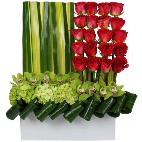 the amazing flower arrangements were created by florist in the flower arrangements by amazing flowers miami