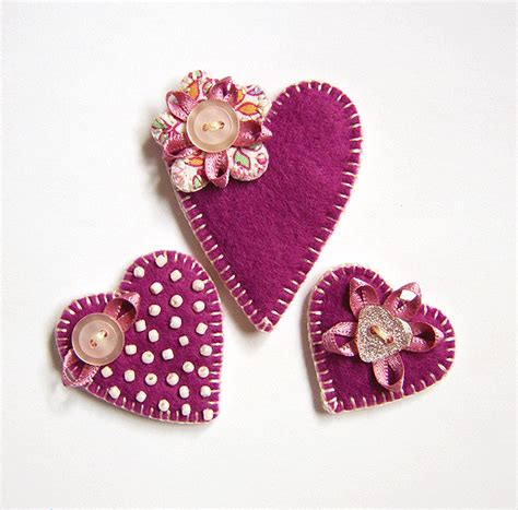 Handmade Hearts Crafts - felt brooches set of 3 hearts folksy craftjuice
