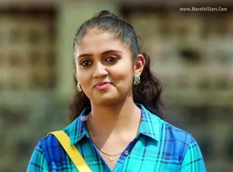 Sairat Hd Photos Com | rinku rajguru sairat movie actress photos biography images
