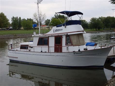 boat trader quebec zzyzxx powerboats 34 marine trader 1974 used boat for sale