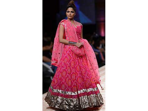 trending  offbeat dandiyagarba dresses
