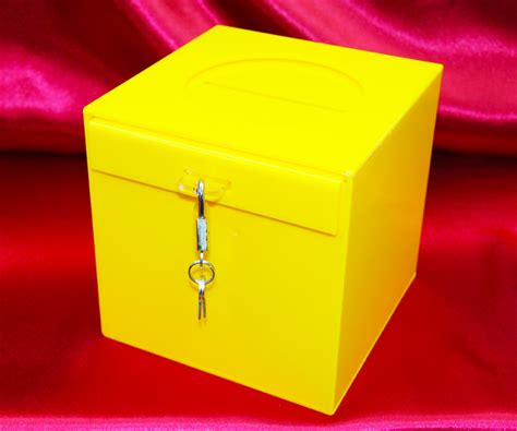 doodle drawing boxes acrylic box drawing related keywords acrylic box drawing
