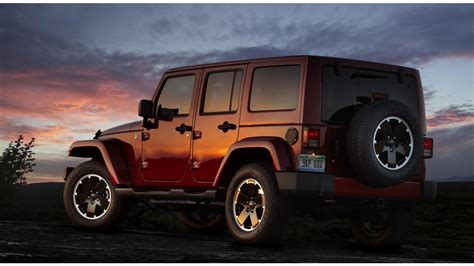 2012 Jeep Unlimited 2012 Jeep Wrangler Unlimited Wallpapers 1366x768 240780