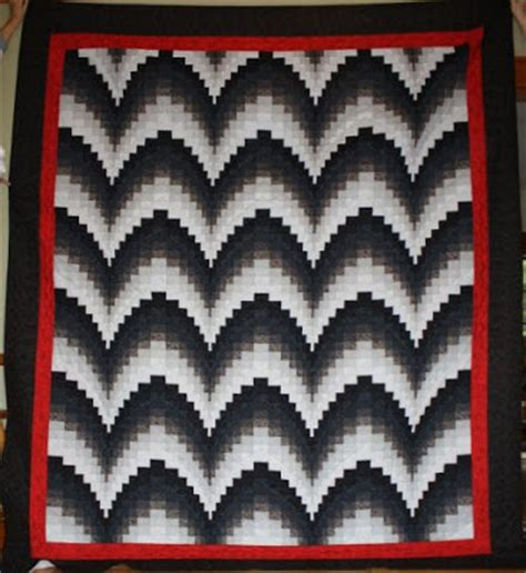 black and white bargello quilt pattern quilts on pinterest bargello quilts google and white quilts