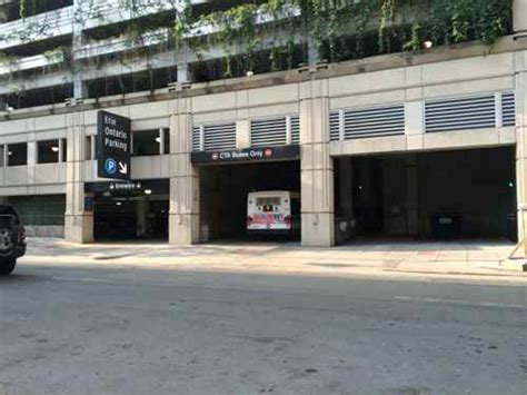 The Garage Chicago by A Landscaped Musical Parking Garage In Chicago