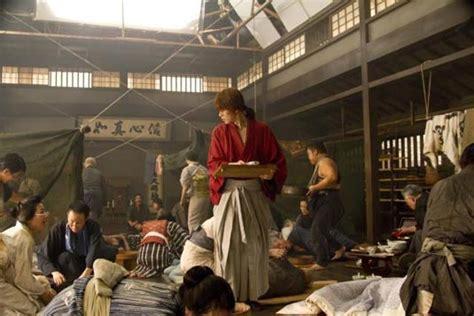 aktor film rurouni kenshin rurouni kenshin s live action cast pose for new poster