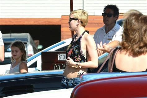 Noah Cyrus And Detox by Miley Cyrus Flaunting Flat Stomach In Malibu Oh