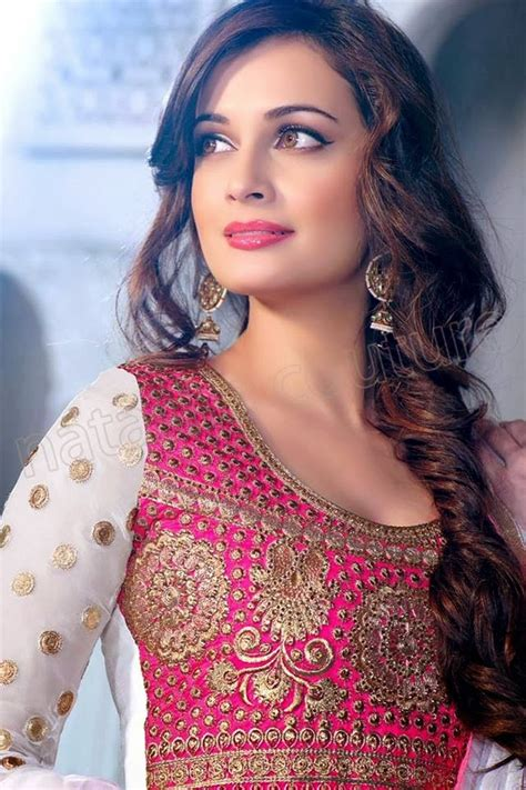 bollywood actress hairstyles in saree dia mirza beautiful wallpaper hd