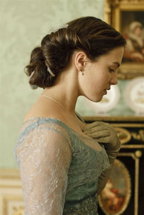 hairstyles downton abbey lady sybil downton abbey somethings wrong with me