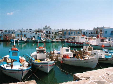 Colorful Beach Houses Naoussa Paros A Magnetic Fishing Village In The Cyclades
