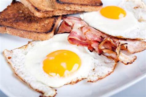 alimenti ricchi di colesterolo cattivo colesterolo totale alto cause sintomi e dieta medicinalive