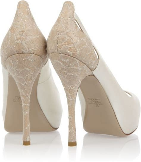 Pumps Spitze Ivory by Valentino Satin And Crystalembroidered Lace Pumps In White
