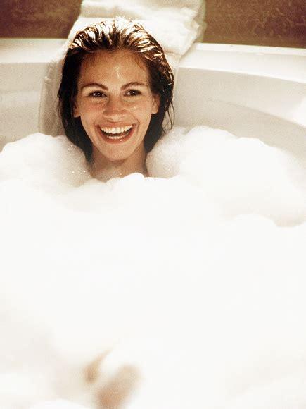 pretty woman bathtub scene garry marshall death behind the scenes of pretty woman people com