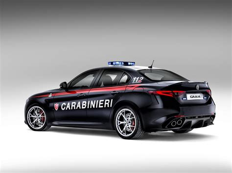 alfa romeo sedans the carabinieri receive two alfa romeo giulia quadrifoglio