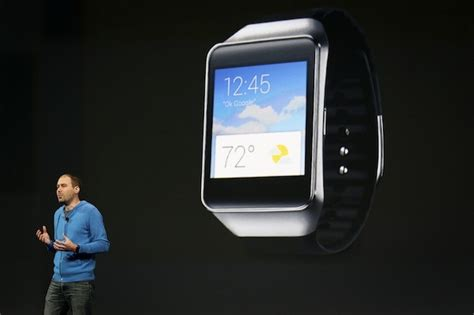 android wear smartwatch samsung gear live unveiled as android wear smartwatch computerworld